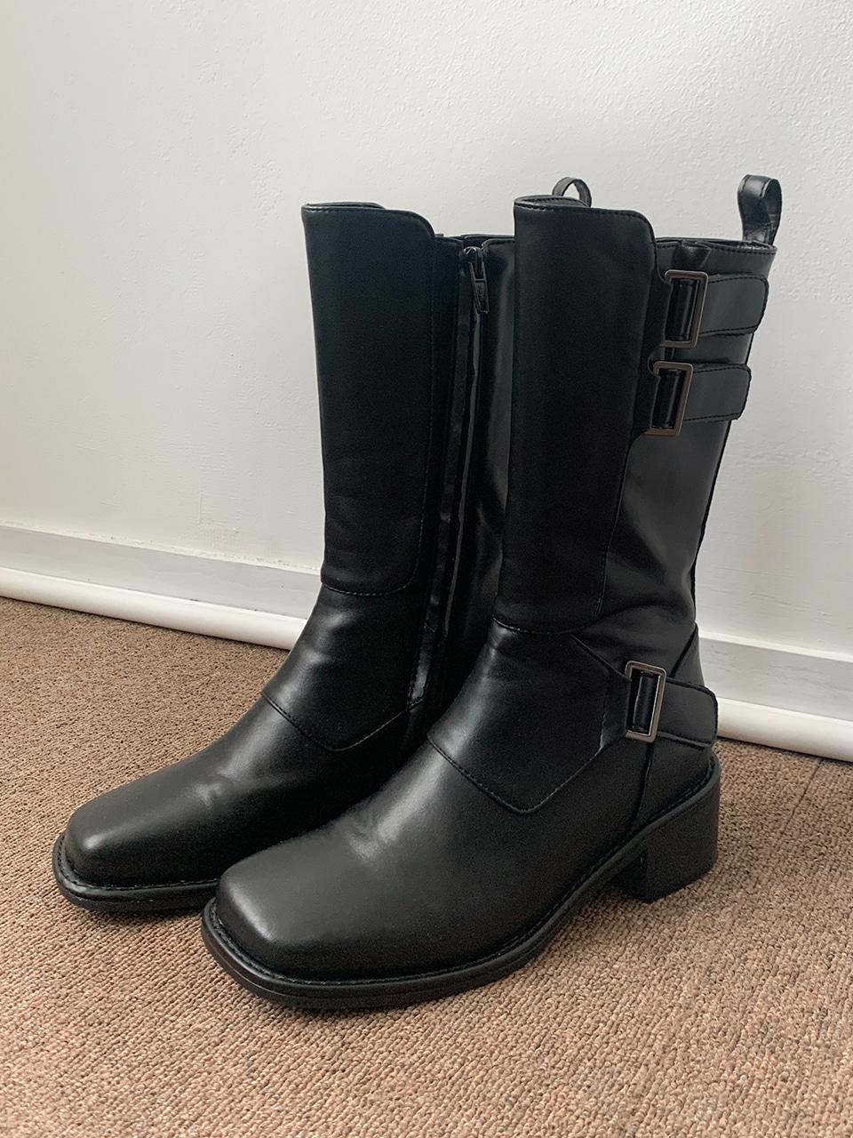 buckle midi boots