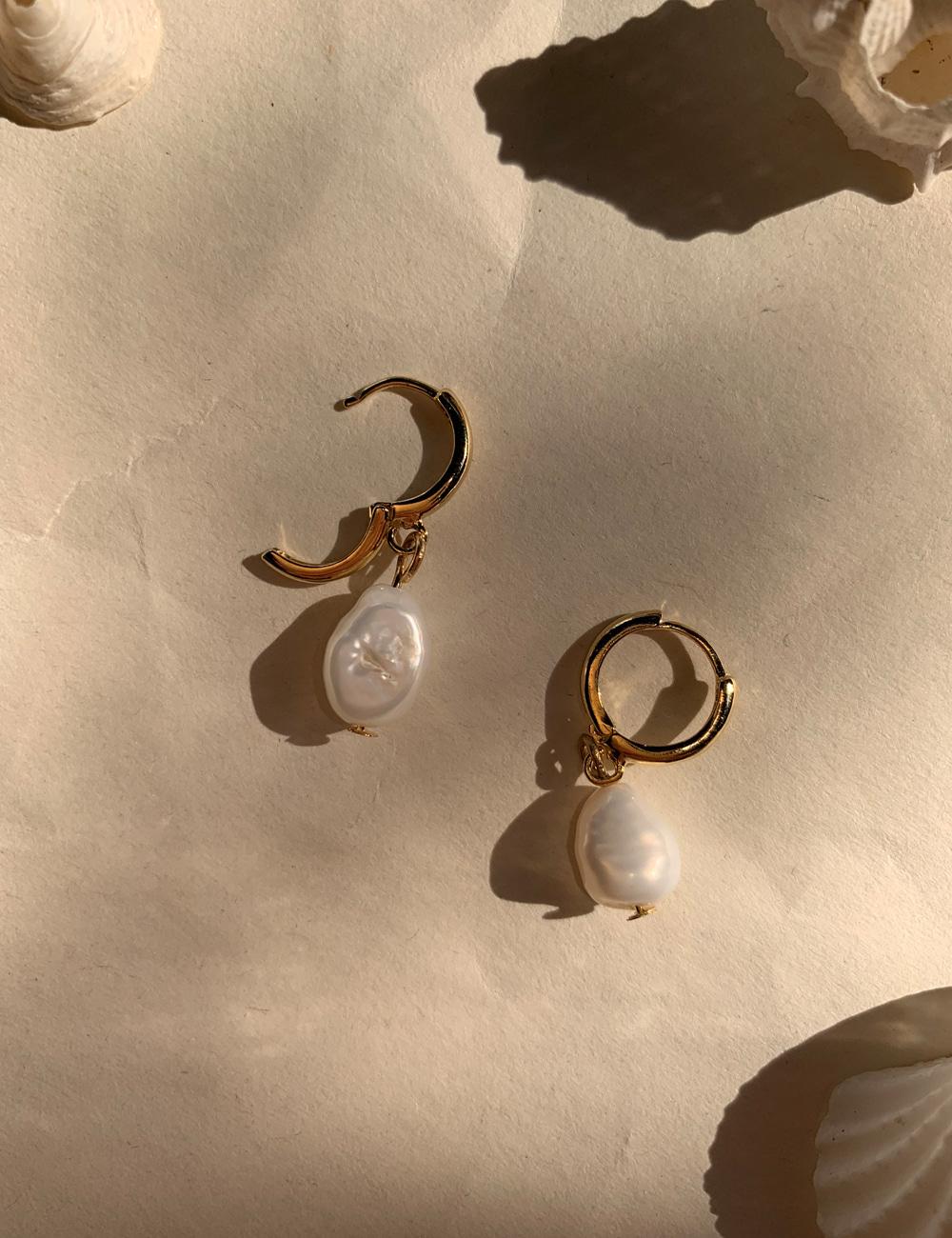 Lona 925silver Mini Pearl Earrings _ 원터치 미니 담수진주 귀걸이 라비쉬에