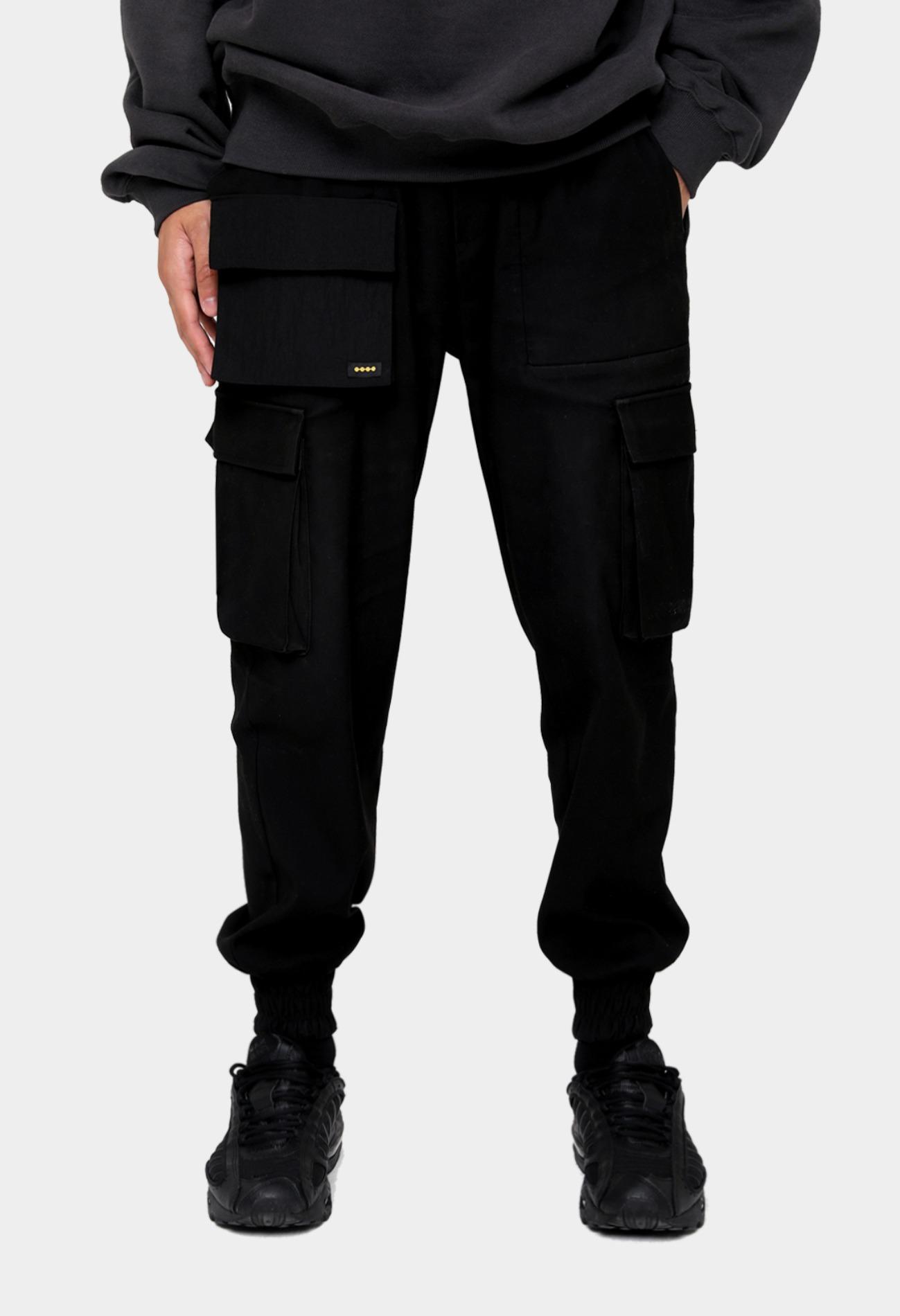 keek [Unisex] Pocket Joger Pants - Black 스트릿패션 유니섹스브랜드 커플시밀러룩 남자쇼핑몰 여성의류쇼핑몰 후드티 힙색