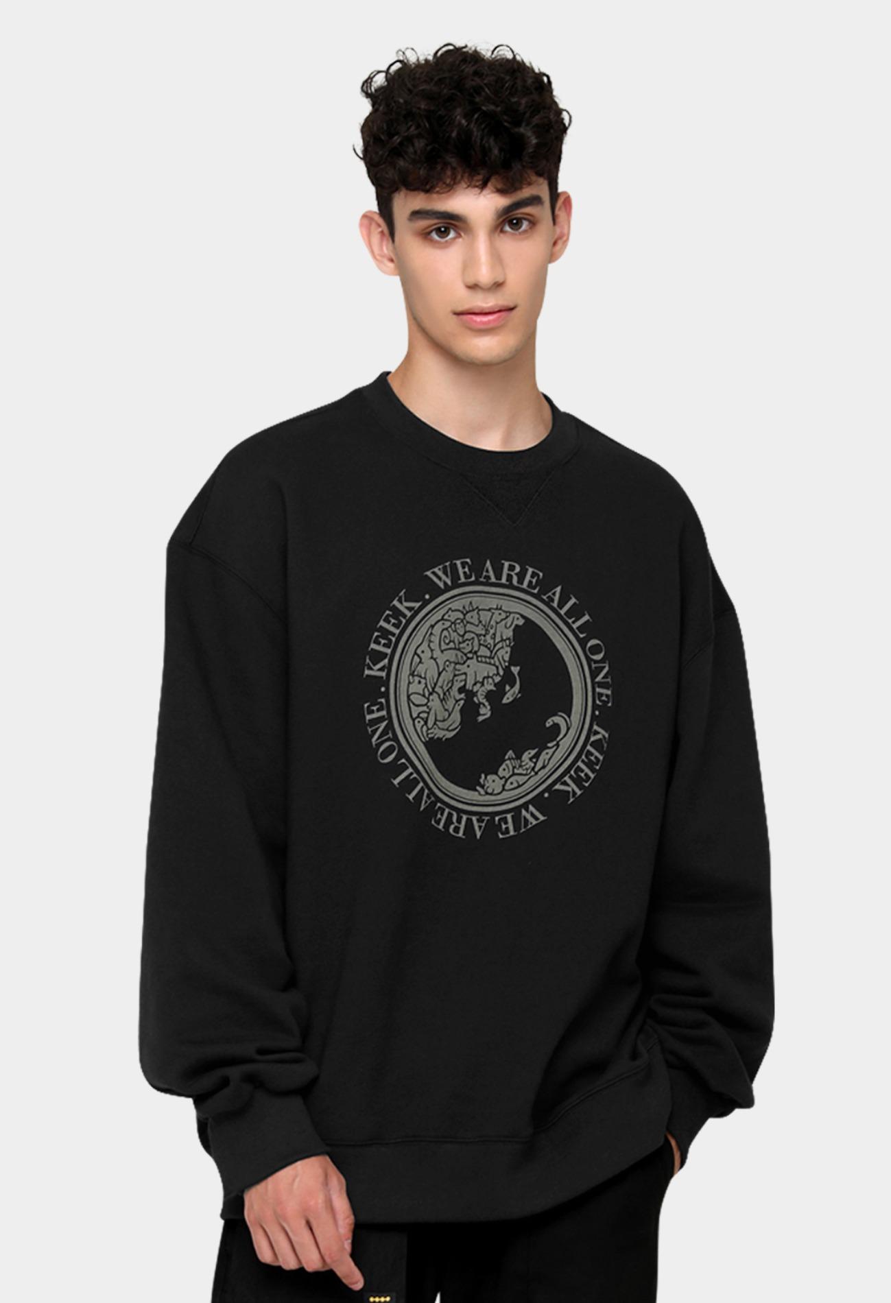 keek [Unisex] Earth Sweatshirts - Black 스트릿패션 유니섹스브랜드 커플시밀러룩 남자쇼핑몰 여성의류쇼핑몰 후드티 힙색