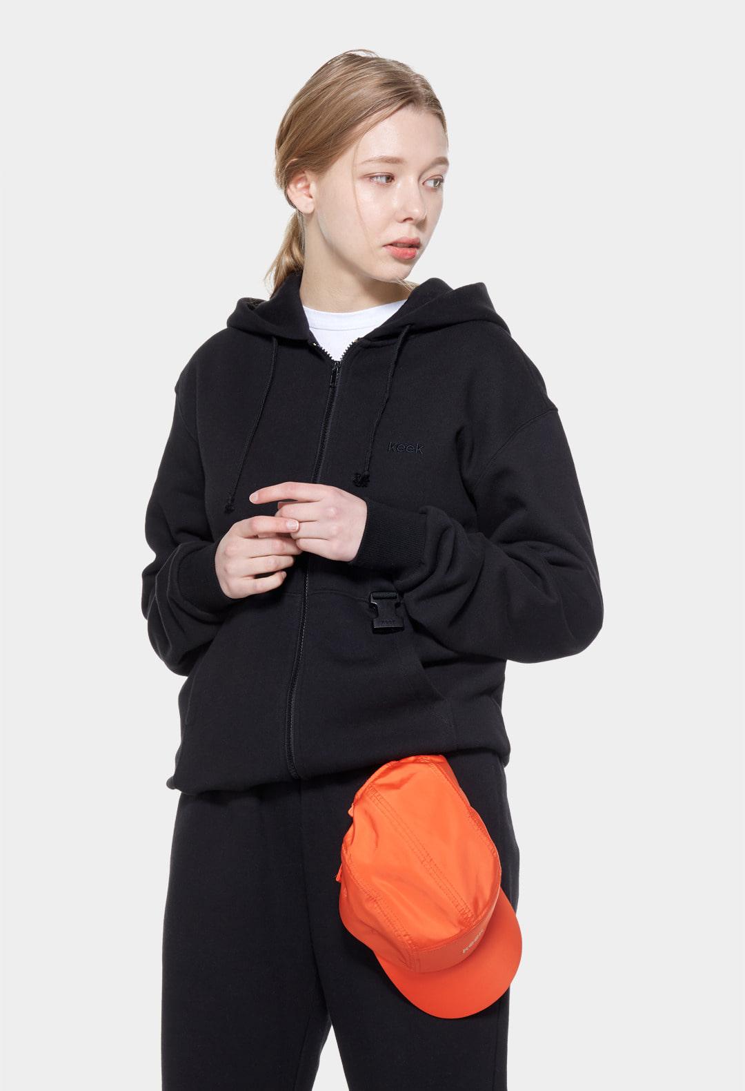 keek Buckle Zip-up - Black 스트릿패션 유니섹스브랜드 커플시밀러룩 남자쇼핑몰 여성의류쇼핑몰 후드티 힙색