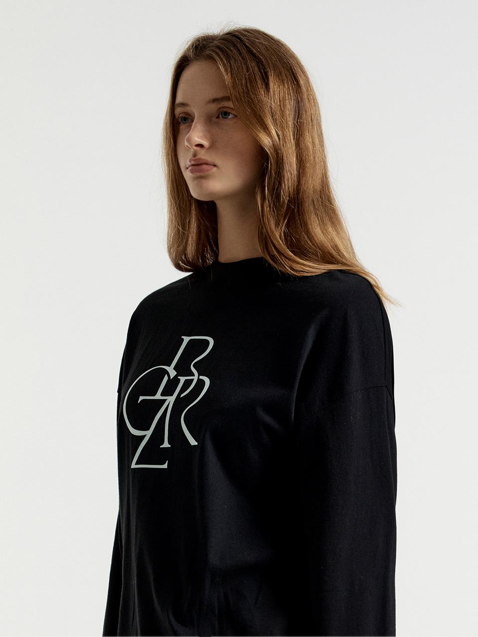 [차정원 착용] [21FW] 그래픽 베이직 긴팔 티셔츠_BLACK