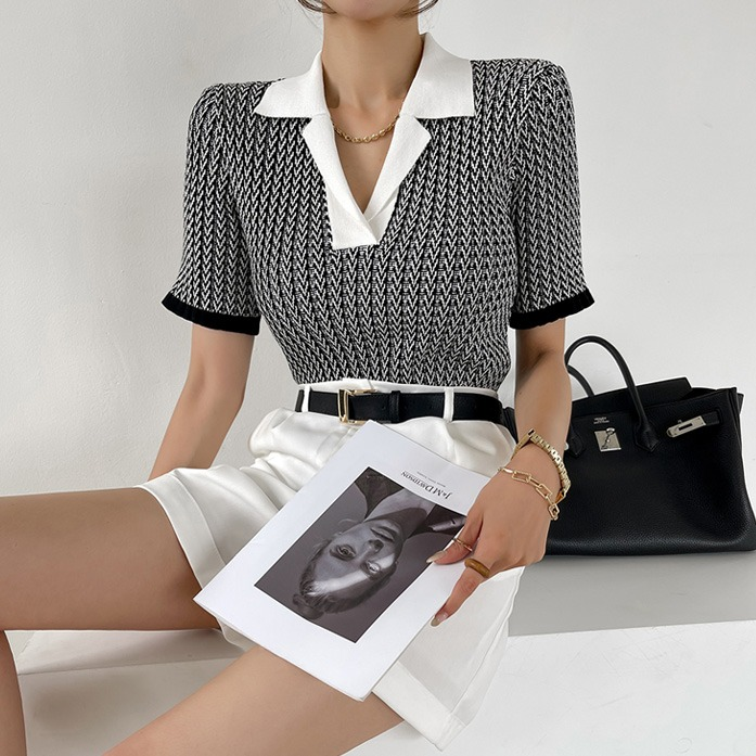 Dabagirl Patterned Collared Knit Top