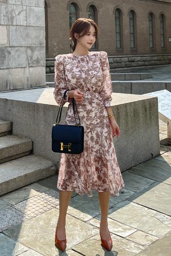 Dabagirl Floral Long Sleeve Midi Dress