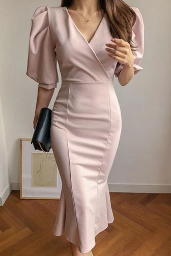 볼륨가득원피스_D1OP 스타일리쉬 포인트 데일리 내추럴룩 데이트룩 30대여성쇼핑몰 20대여자쇼핑몰 키작은여자쇼핑몰 여성의류쇼핑몰 드레스 원피스 오피스룩 하객룩 퍼프소매 레이온 청순 로맨틱 핑크 블랙