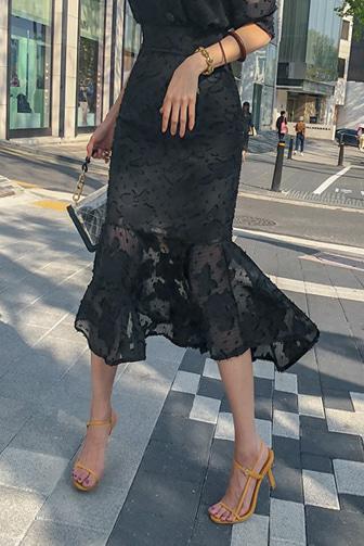 레이쉬폰스커트_A2SK 스타일리쉬 롱스커트 레이스스커트 쉬폰 패턴 오피스룩 하객룩 하객패션 결혼식 머메이드 데이트룩 데일리 세련된 30대여성쇼핑몰 20대여자쇼핑몰 키작은여자쇼핑몰 여성의류쇼핑몰