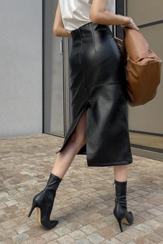 버멜즈가죽스커트_D3SK 30대여성쇼핑몰 20대여자쇼핑몰 키작은여자쇼핑몰 여성의류쇼핑몰 데이트룩 데일리룩 여친룩 하의 스커트 미디스커트 레더스커트 베이지스커트 브라운스커트 네이비스커트 블랙스커트