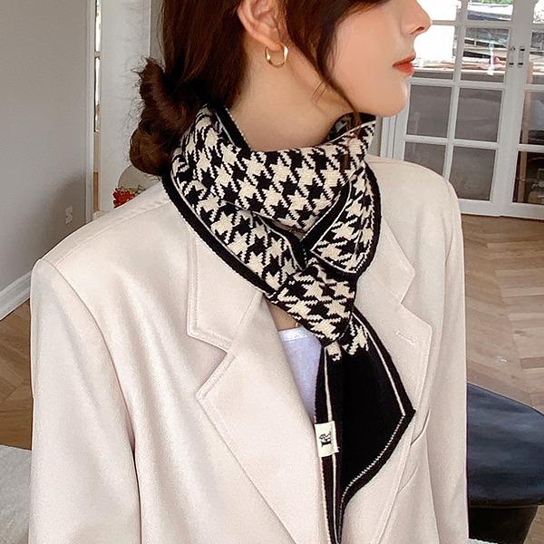 千鸟格插口针织围巾