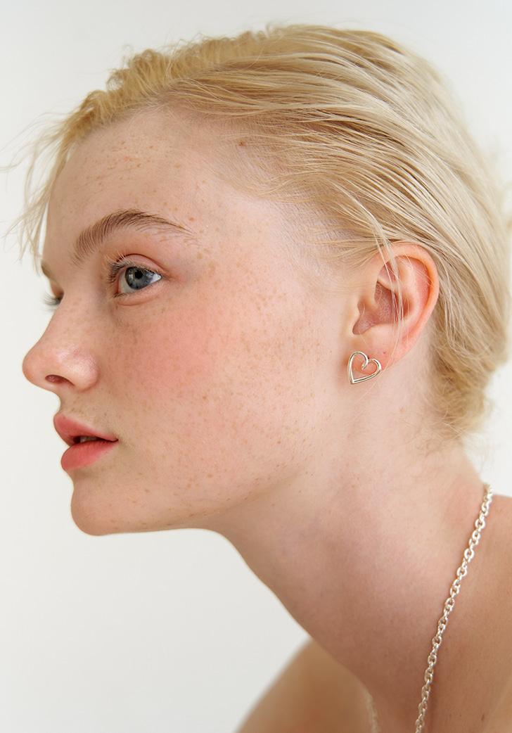 (Silver 925) true love earring (2 colors)