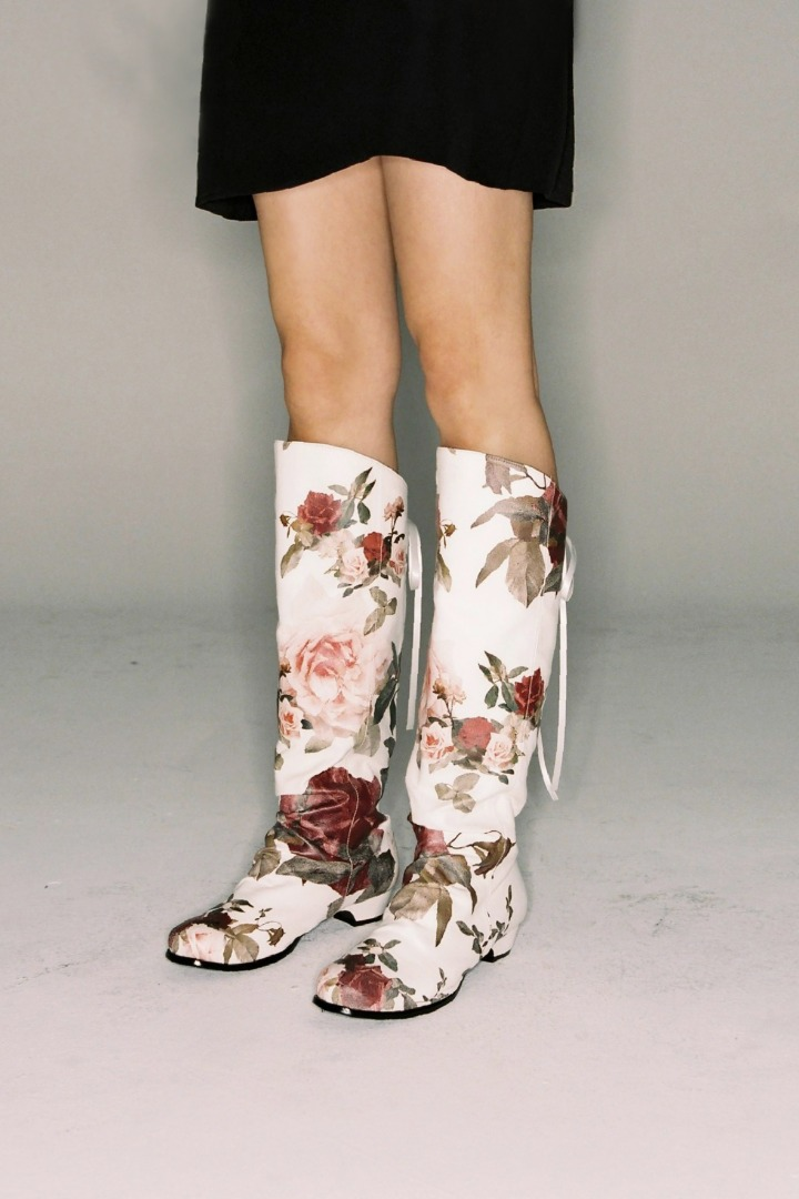 FLOWERY LONG BOOTS