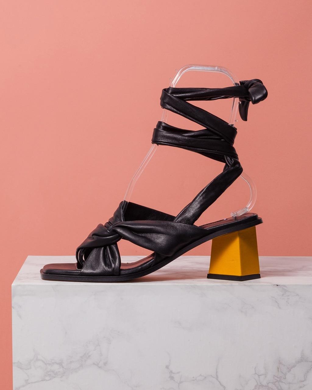 DORATORE Lauro Black - Women's Shoes : Republic of Korea
