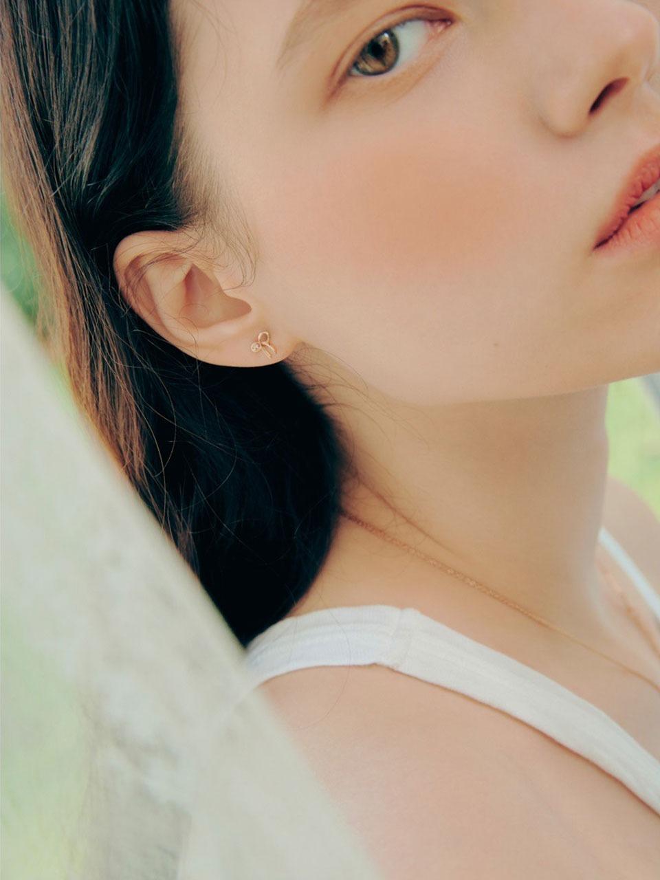 LOVESOME EARRING  | 엘쁘