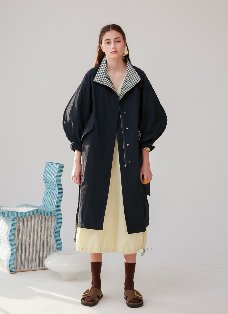 CHECK POINTED VOLUME COAT - NAVY