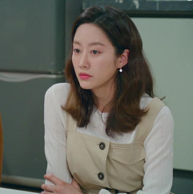전혜빈 착용 (KBS2 오케이광자매)