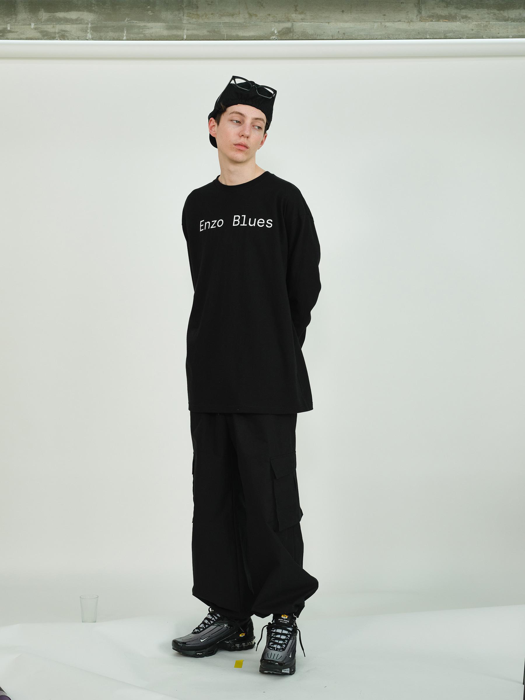 베이직 로고 롱 슬리브 티셔츠 (Black)