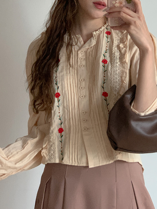 FLOWER EMBROIDERY FRILL BLOUSE(BEIGE, NAVY 2COLORS!)