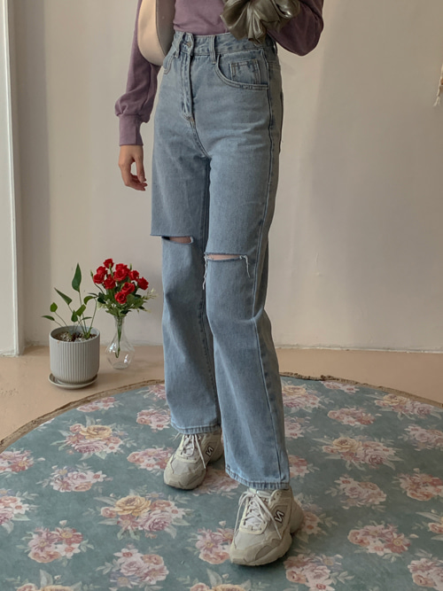 STRAIGHT FIT CUTTING JEAN PANTS