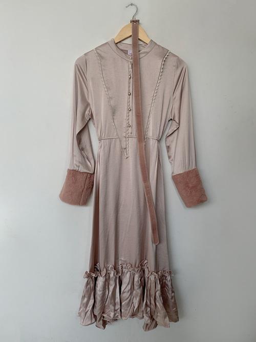 (VINTAGE)VICTORIA FUR SILKY DRESS WITH VELVET BELT