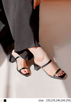 [SHOES] BERN SQUARE STRAP MIDDLE HEEL