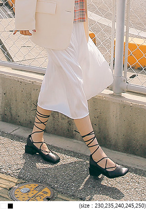 [SHOES] ROSES LACE-UP SQUARE MIDDLE HEEL