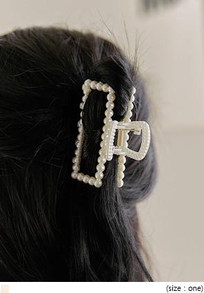 [ACC] PEARL HAIR CLIP