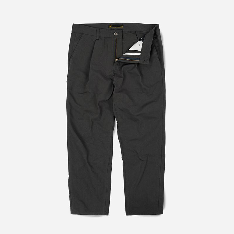 Carpenter one tuck pants _ charcoal