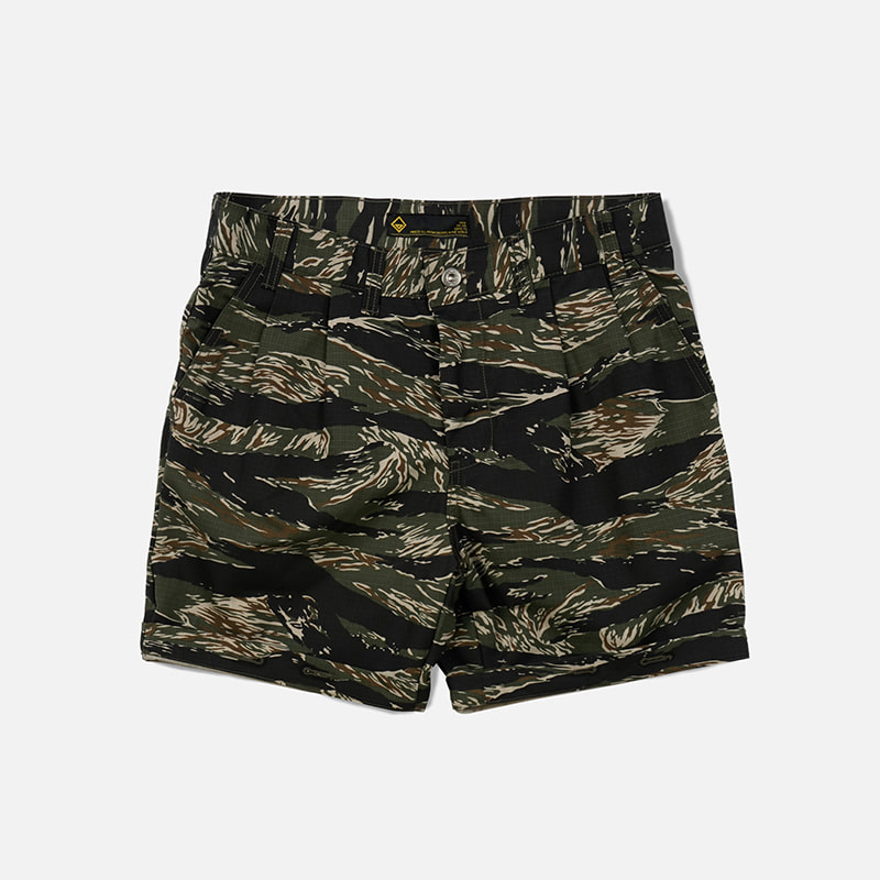 Two tuck work shorts _ tiger camo