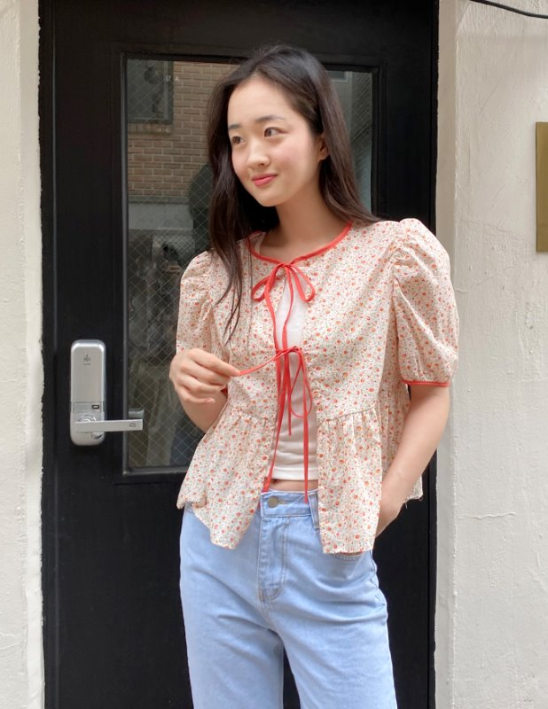 FLORAL TWO WAY BLOUSE