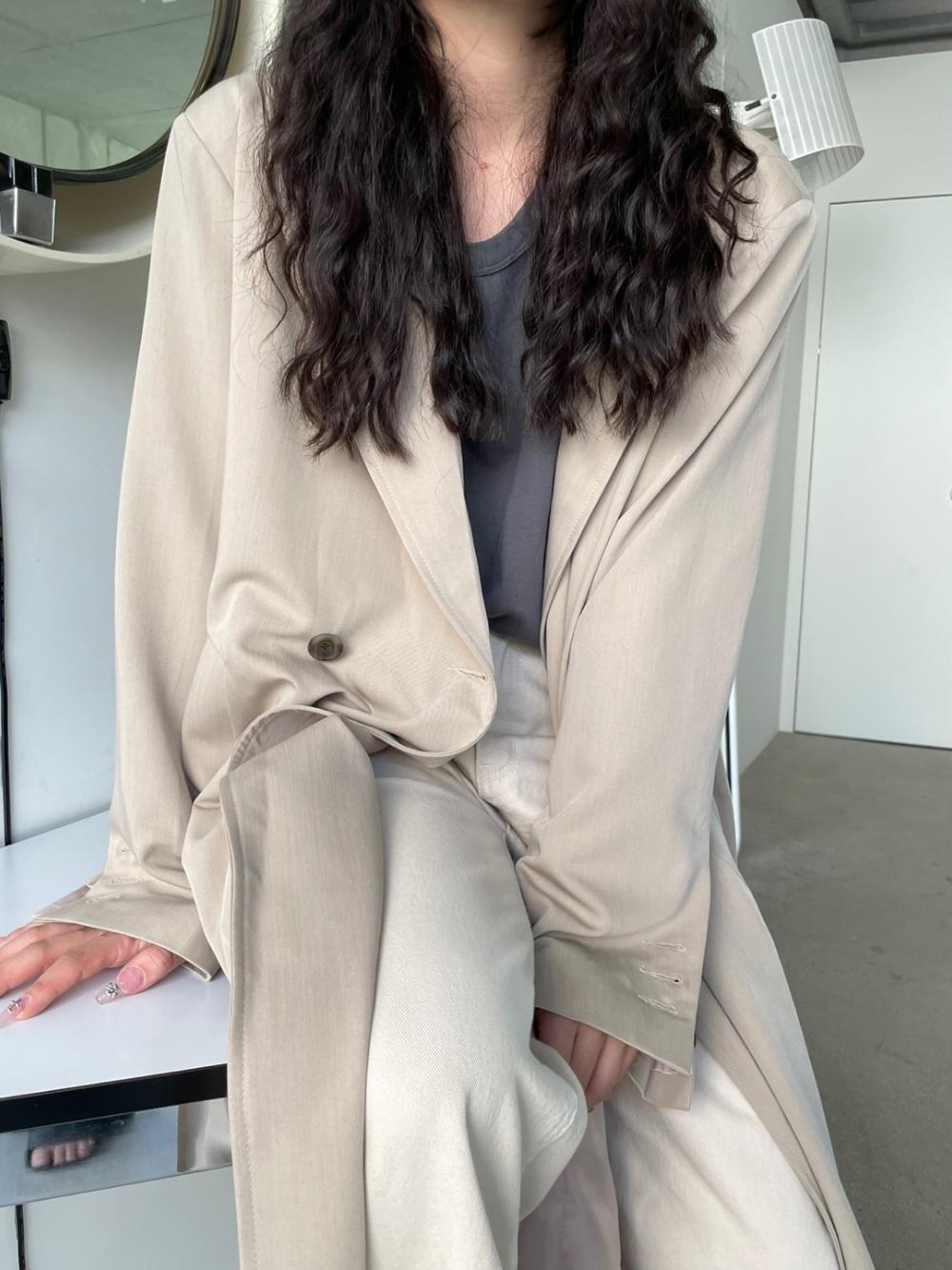 코트 모델 착용 이미지-S1L55