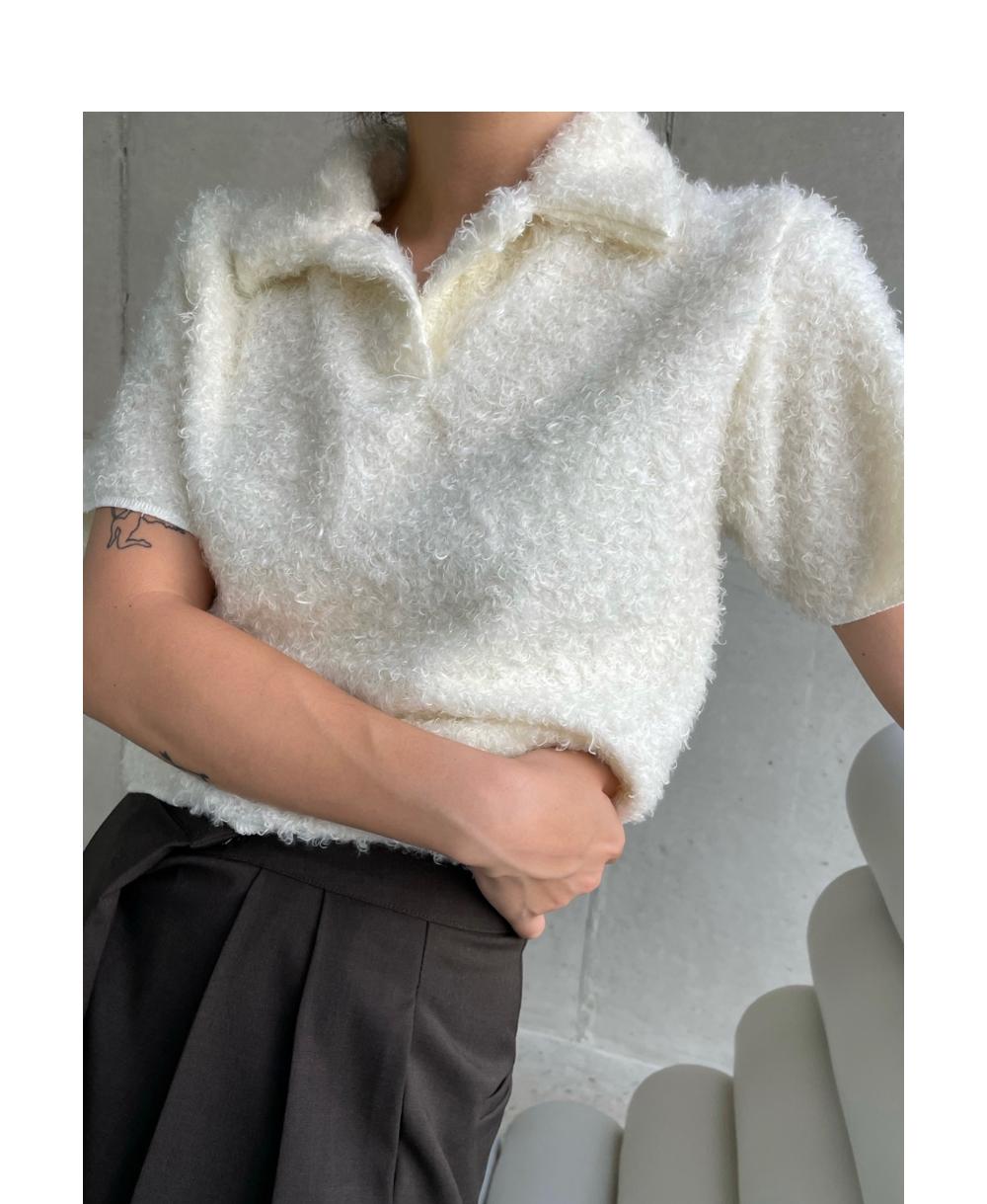 반팔 티셔츠 모델 착용 이미지-S1L4