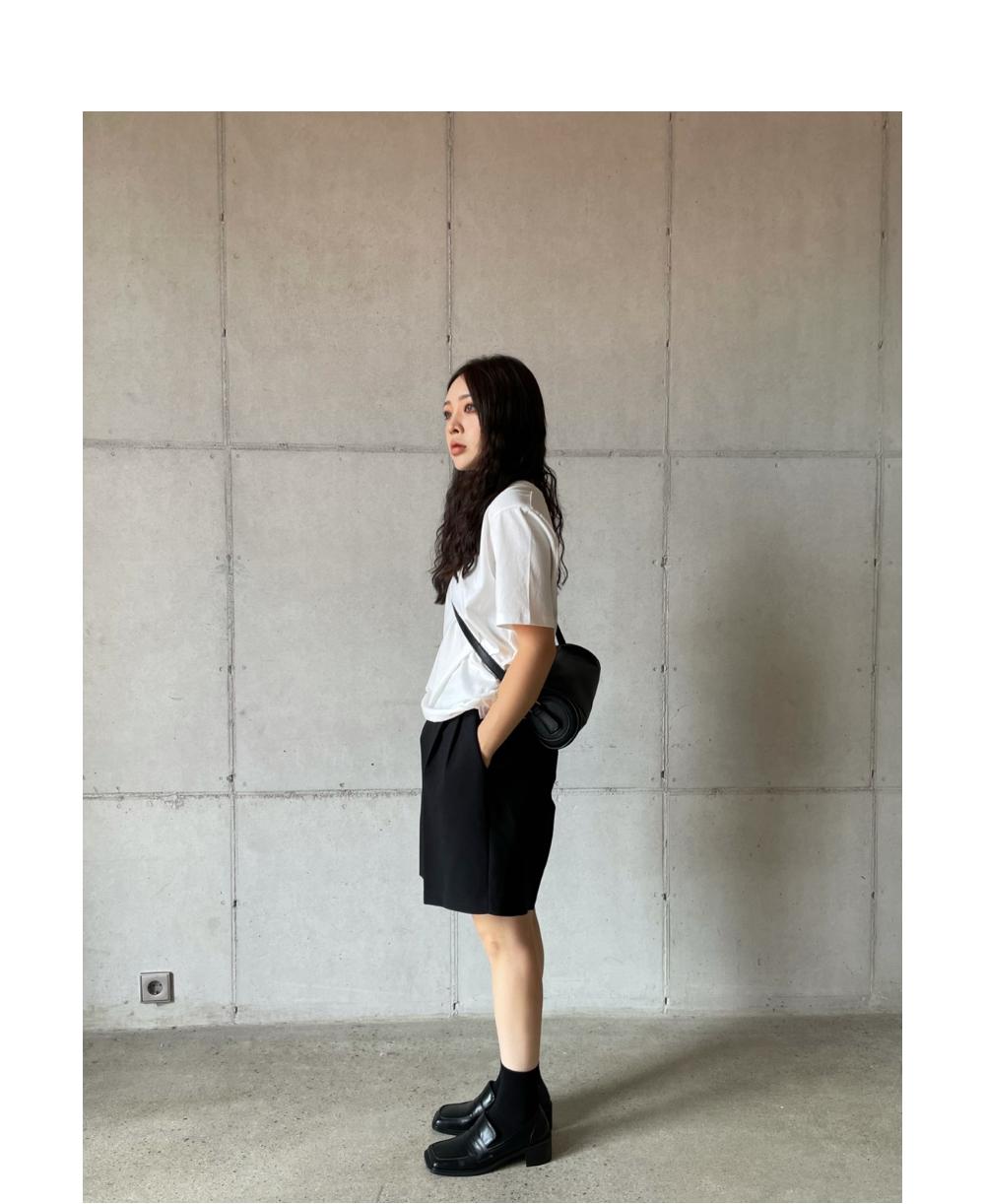 반팔 티셔츠 모델 착용 이미지-S2L19