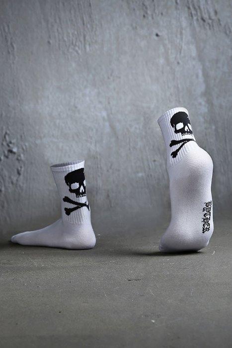 ByTheR back skull logo socks