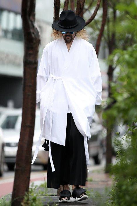ByTheR Oriental Long Cardigan