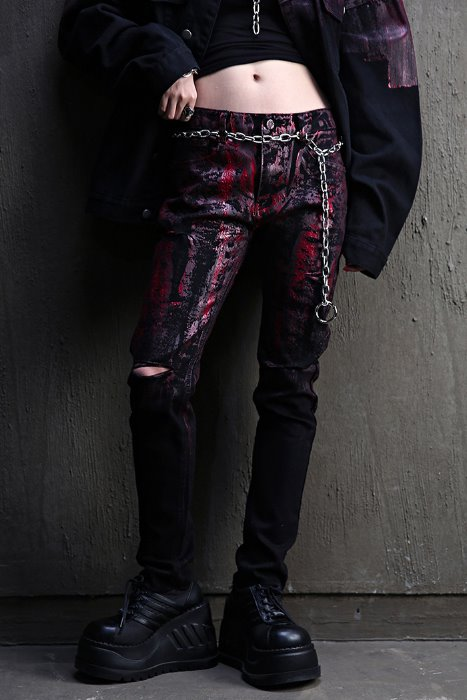 ByTheRByTheR Custom Half Red Painted Hem Cut Knife Black Jean