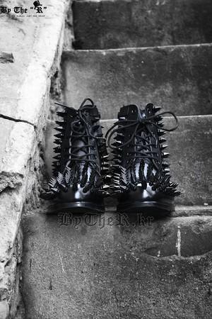 Mukha Custom Hedgehog Black Studded Boots