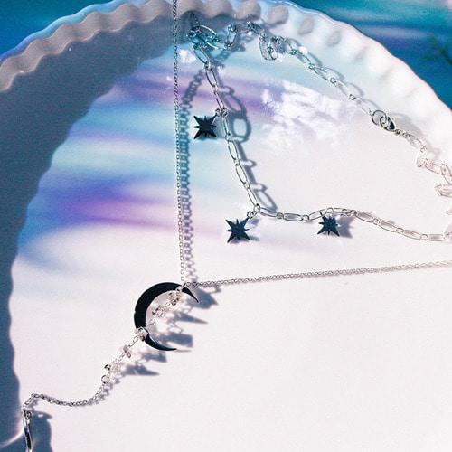 [SILVER] Letter of Luna Necklace
