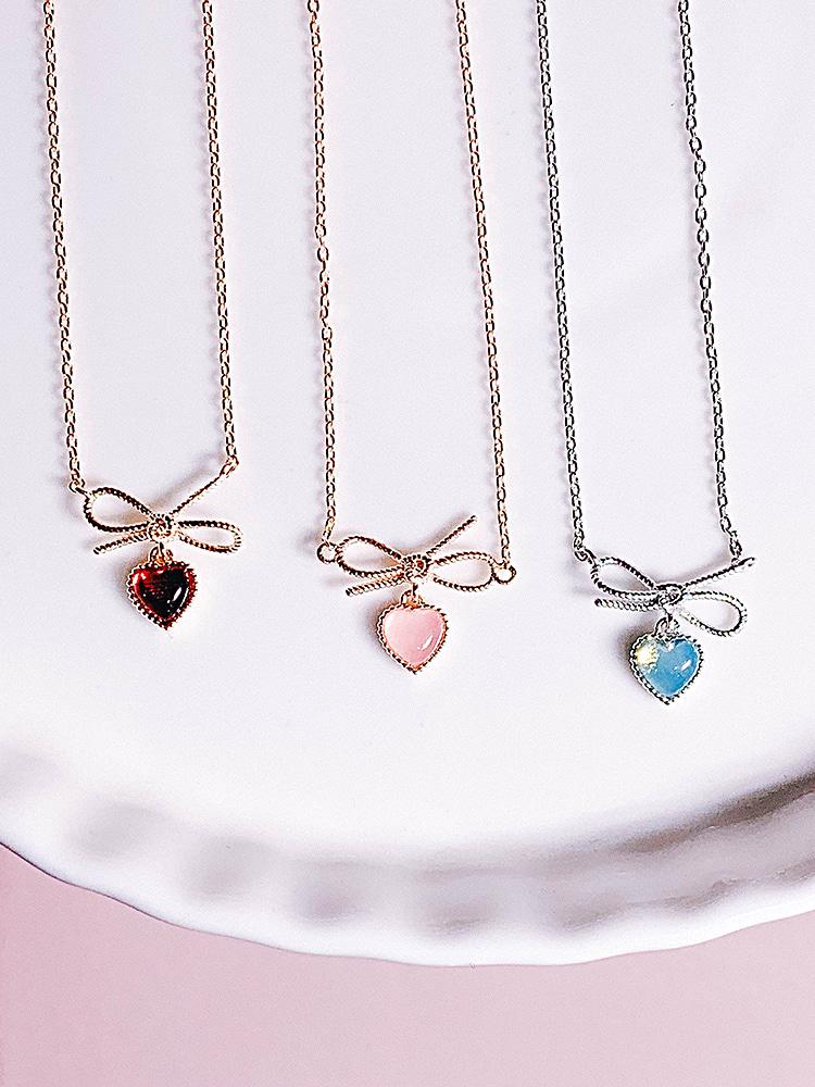 마음이 살짝 기운다 Necklace
