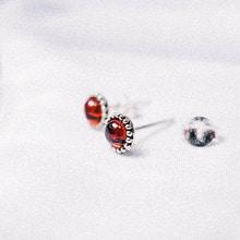 [Silver 925] Garnet Vintage Earring