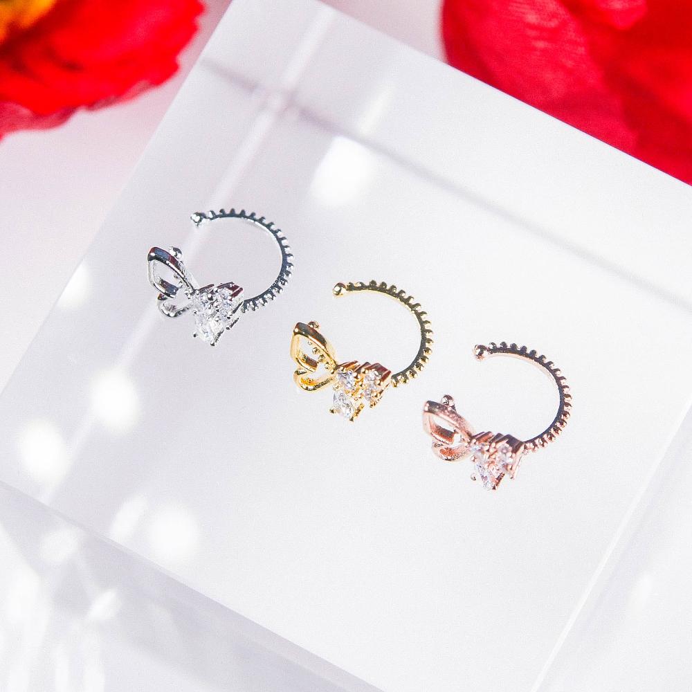 accessories detail image-S4L6