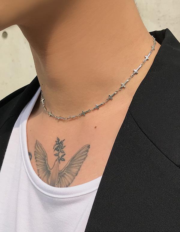No.7995 short cross necklace