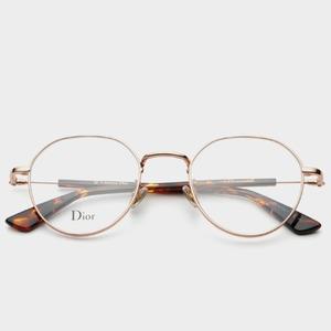 크리스챤디올 Dior essence10F 06J