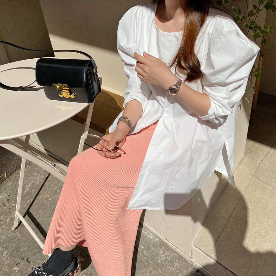 泡泡袖排扣纯棉纯色女衫