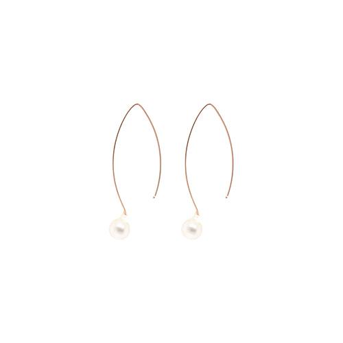 [92.5 Silver] Fresh-Water Pearl & Hook Shape Earrings/[92.5 실버] 담수진주 앤 후크 쉐이프 귀걸이