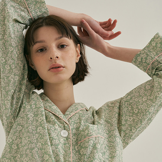 (w) Afternoon Tea Pajama Set