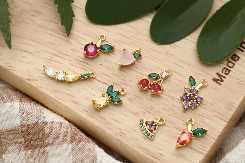 [Q16-VC3] Dainty fruit charm, Brass, Cubic zirconia, Nickel free, Jewelry making supplies, CZ charm, 1 piece [Q16-VC3] 과일 참, 신주, 큐빅, 무 니켈, CZ 참, 1pcs (Q16-P1, Q16-P2, Q16-P3, Q16-P4, Q16-P5, Q16-P6)