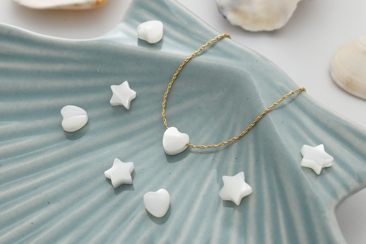 [M12-VC1] Mother-of-pearl beads, Mother-of pearl, Heart charm, Star charm, Jewelry making supplies, Earring making charms, 10 pcs per style (M12-P13, M12-P14)