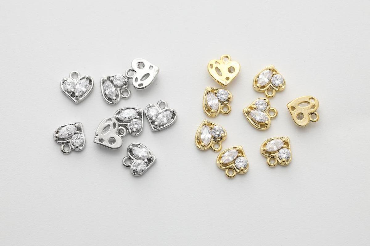 [N42-VC1] Dainty heart cubic charm, Brass, CZ, Nickel free, Unique charm, Necklace supplies, Jewelry makings supplies, 1 piece (N42-G10, N42-G10R)