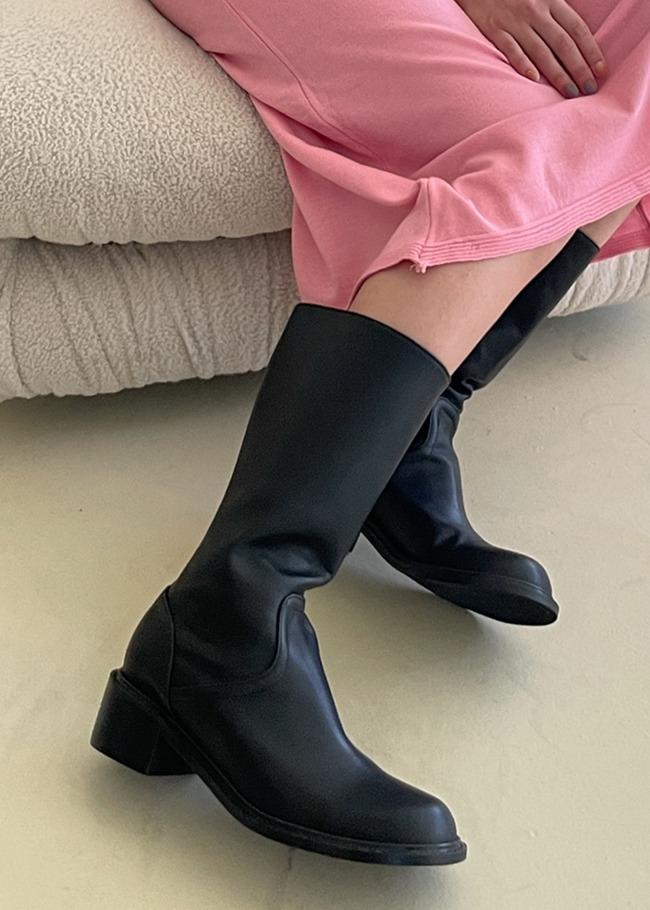 Round Toe Side Zip Midi Boots