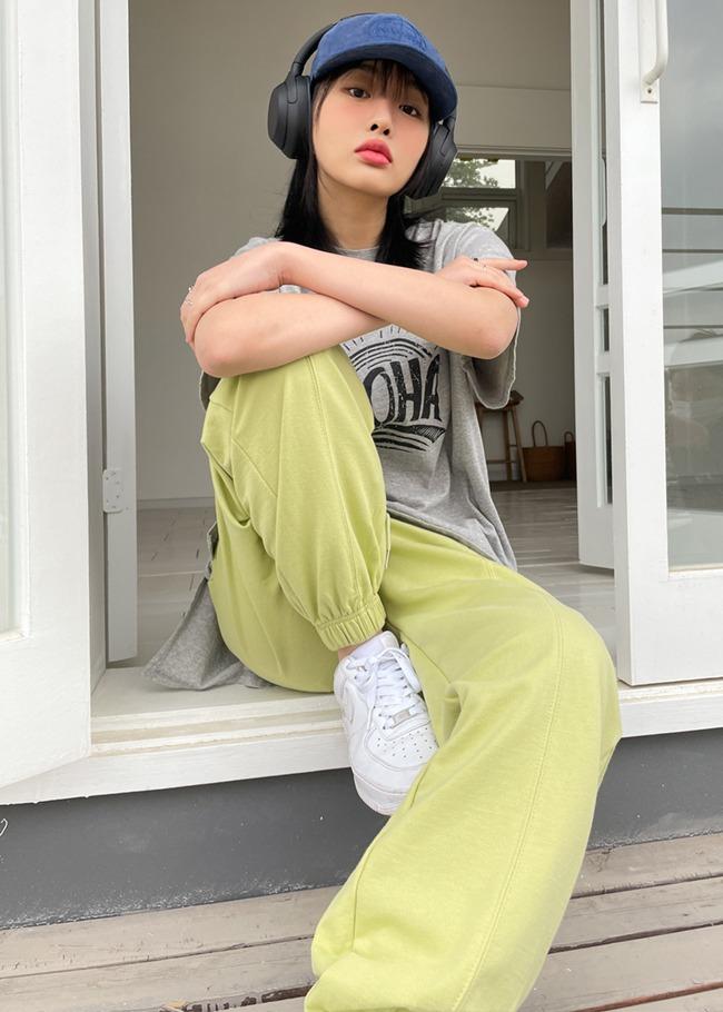 纯色插袋弹力裤脚运动裤