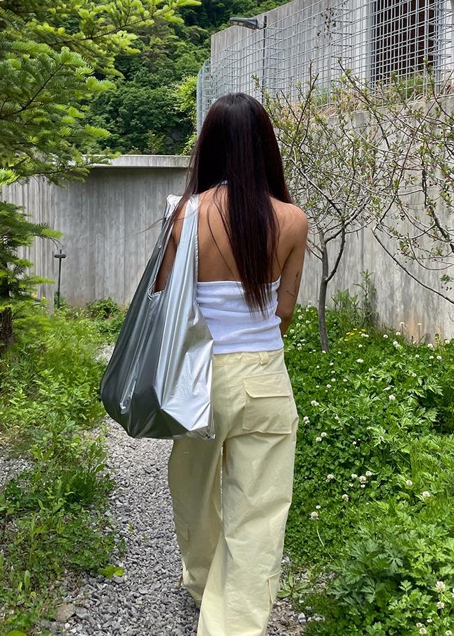 Basic Glossy Shoulder Bag